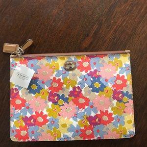 NWT Coach clutch purse floral design